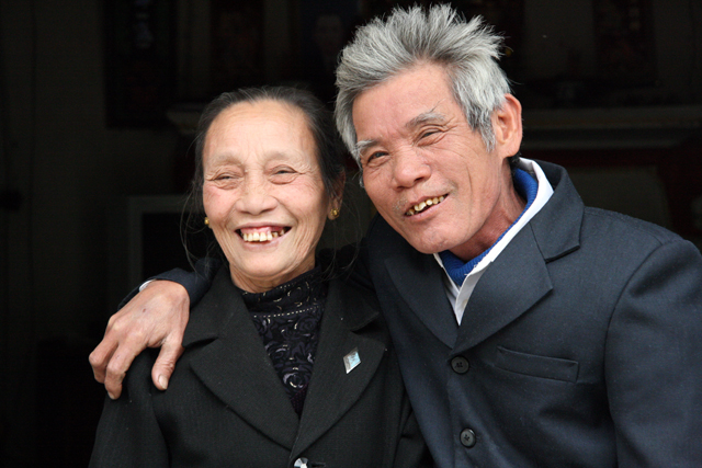 An older Vietnamese couple.